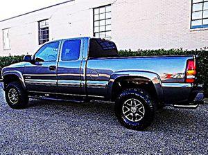 ֆ12OO 4WD Chevrolet SIlverado 4WD for Sale in Piney River, VA