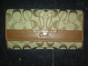 Tan and Brown Coach wallet for Sale in Bonney Lake, WA