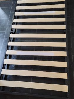 2 Zinus Bed Frames - Twin for Sale in Highland Park,  MI