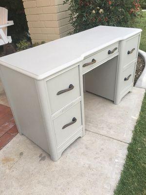 Vintage desk for Sale in Yorba Linda, CA