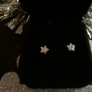 100% Silver Diamond Star Studs for Sale in Oak Lawn, IL