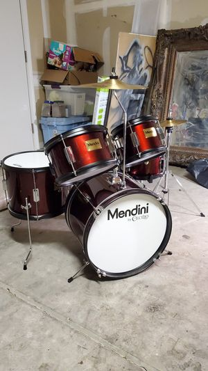 Drum Set - 5 Piece + Cymbals for Sale in Clovis, CA