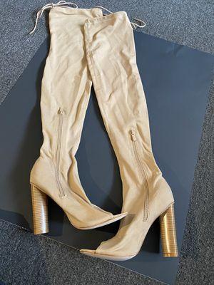 Women boots size 6 for Sale in Hialeah, FL