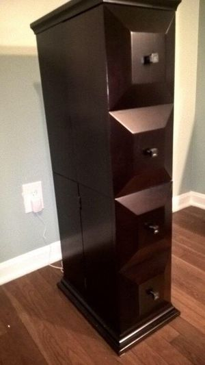 Bombay Storage Shelving Unit for Sale in Cleveland, OH