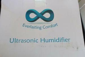 Everlasting Comfort Ultrasonic Humidifier for Sale in Hayward, CA