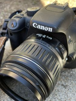 Canon Rebel T2i for Sale in San Diego,  CA