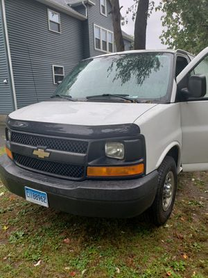 2008 chevy express CARGO VAN for Sale in Hartford, CT