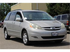 2006 Toyota Sienna for Sale in Fresno, CA