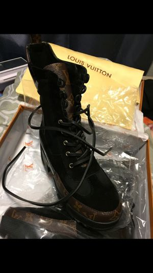 Louis Vuitton boots for Sale in Fresno, CA