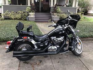 2003 Motorcycle / Suzuki Boulevard c90 (1400 cc) for Sale in Tampa, FL