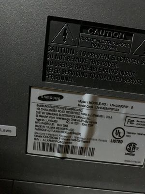 """SAMSUNG 40"""" 1080p LCD HDTV - LN40A550 FREE for Sale in Denver, CO"""