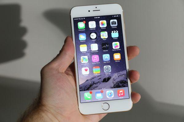iphone 6 plus *Factory unlocked *like new *30 days warranty