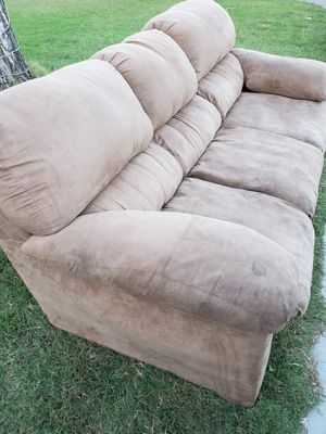 3 Seat Couch for Sale in Wichita, KS