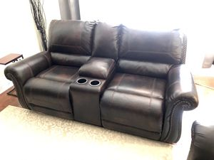 BEAUTIFUL TOP-GRAIN LEATHER RECLINER SOFAS for Sale in Yonkers, NY