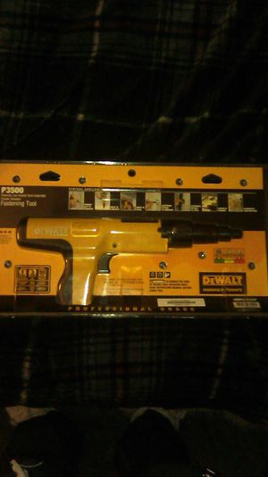 DEWALT P3500 fastener tool for Sale in Bakersfield, CA