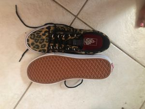 BRAND NEW NEVER WORN VANS for Sale in Tallahassee, FL