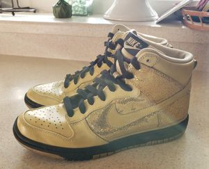 Nike Dunk High Holiday Pack Skinny | Womens sz 8 Gold/Black for Sale in North Las Vegas, NV