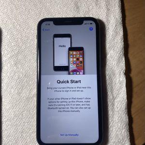 iPhone 11 64GB UNLOCKED for Sale in Escondido, CA