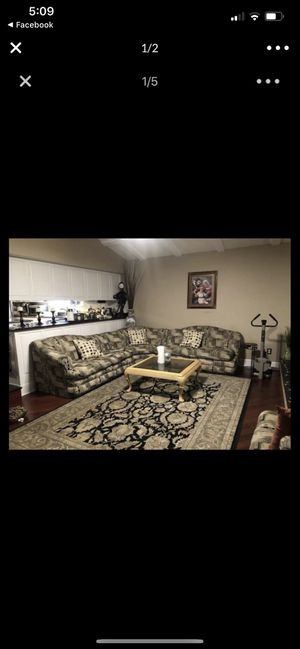 Whole couch sectional 4 piece for Sale in Clinton Township, MI