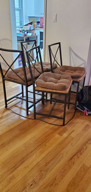 4 chairs for Sale in Clackamas, OR