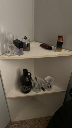 Corner shelf for Sale in Oceanside, CA