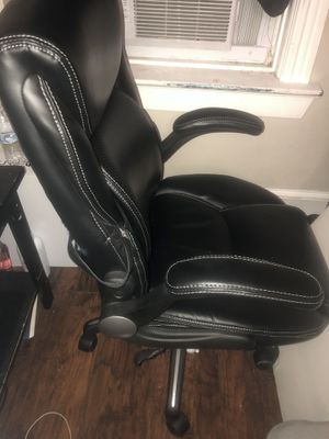 Office chair/ Gamer chair like new for Sale in Ewing Township, NJ