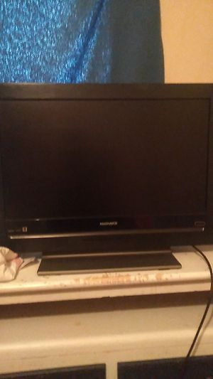 """Magnavox 22"""" TV with remote for Sale in Winter Haven, FL"""