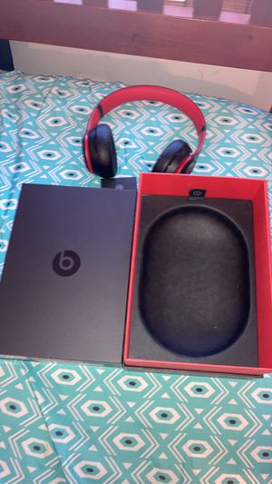 Dr dre solo 3 wireless beats for Sale in East Petersburg, PA