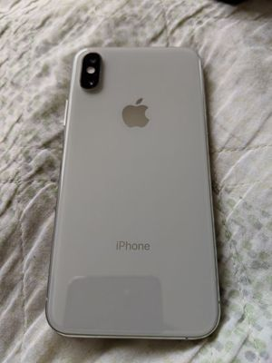 iPhone XS 64 gb 5.8 for Sale in New York, NY