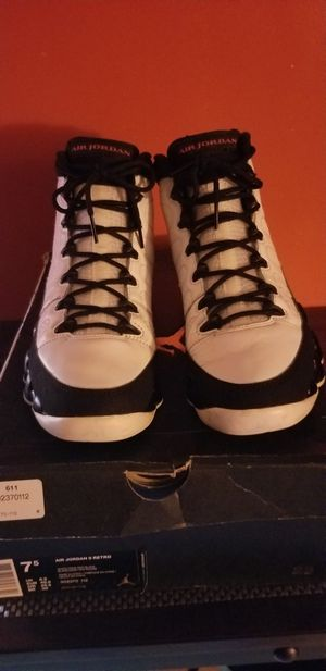 air jordan Retro 9s size  7 and a 1/2 men for Sale in The Bronx, NY