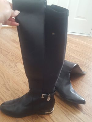 Michael Kors female dressy boot, size 7.5 for Sale in MONTGOMRY VLG, MD