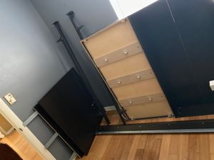 Bed frame FREE COME PICK UP for Sale in Tampa, FL