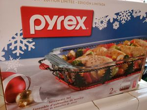 Pyrex 2 Piece Serveware Set for Sale in South Gate, CA