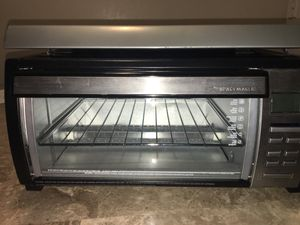 Black and Decker under-the-cabinet spacemaker toaster oven for Sale in Dallas, TX