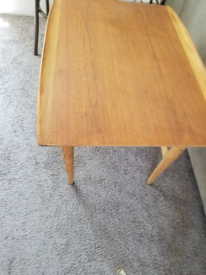 Mid century mod end table for Sale in Willowick, OH
