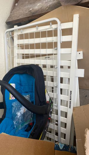 Baby crib + baby bed + car seat for Sale in Delray Beach, FL