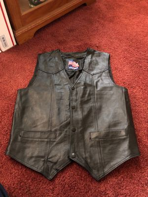 Women's small leather motorcycle vest Marine Corps emblem for Sale in Eagleville, PA