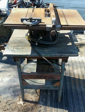 Vintage Craftsman Table Saw for Sale in Virginia Beach, VA