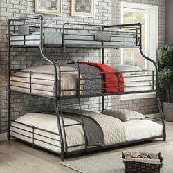 INDUSTRIAL TRIPLE DECKER TWIN FULL OVER QUEEN SIZE BUNK BED / CAMAS MATRIMONIAL SENCILLA CAMAS for Sale in Downey,  CA