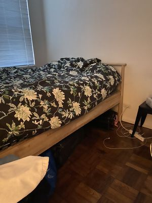 Bed + bed frame for Sale in New York, NY