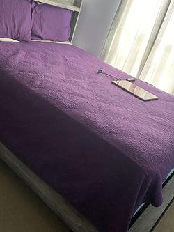 Queen Bed for Sale in Kyle,  TX