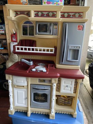 Play kitchen for Sale in Lynnwood, WA