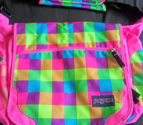 Brand New Girls Messenger Pink Bag for Sale in Mesa,  AZ