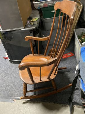Rocking chair for Sale in Brentwood, CA