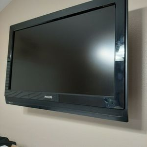 Philip's 32 Inch LCD for Sale in Valrico, FL