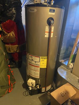 Water heater for Sale in West Bloomfield Township, MI