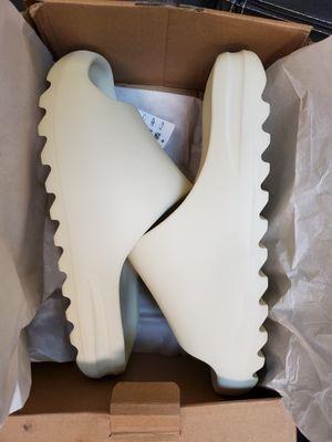 Adidas yeezy slides size 11 for Sale in Harvey, LA