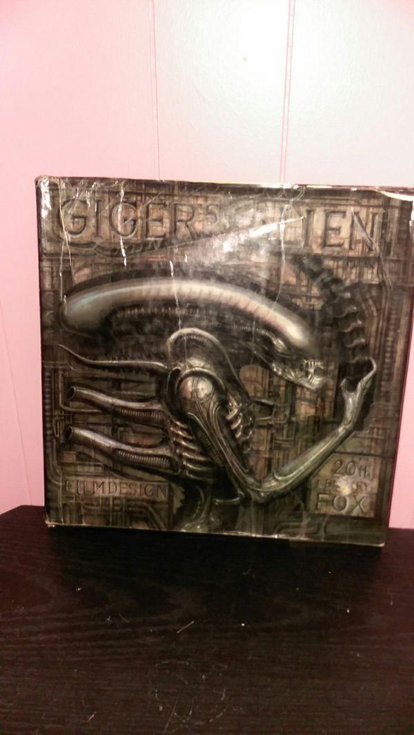 H. R. Giger's Alien Collectors Book