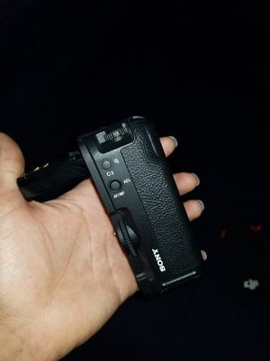 Sony a7sii battery grip for Sale in San Diego, CA