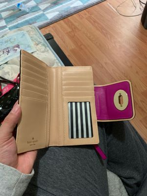 Kate Spade Wallet for Sale in Silver Spring, MD